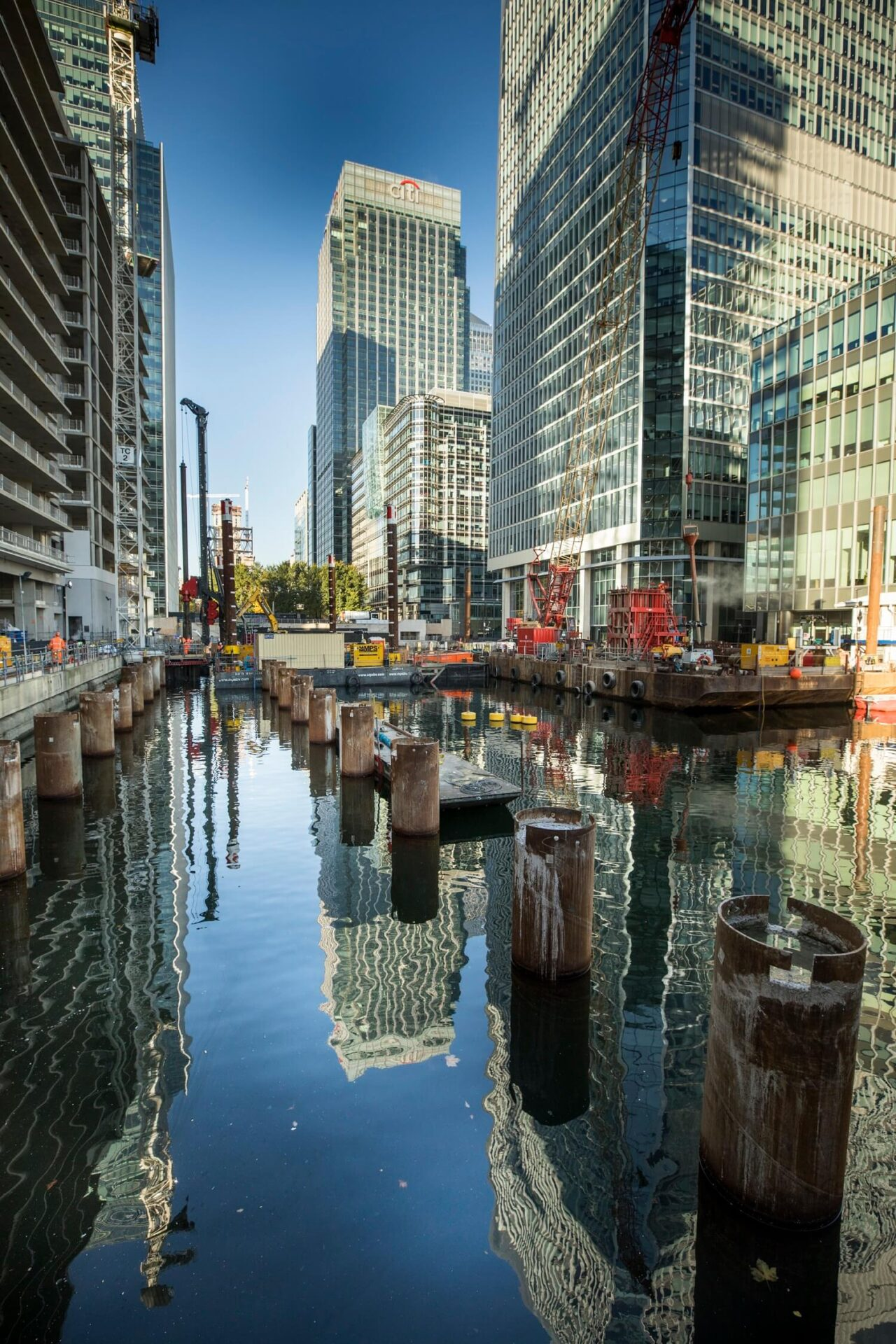 Foundations Solution - Bridge On Water Street Canary Wharf - Marine LDA Piling minipiling (3)
