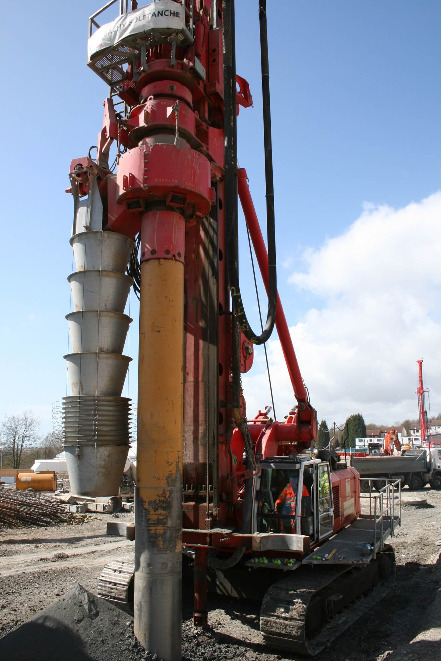 Foundations Solution - Cased Secant Piling - Cased CFA (5)