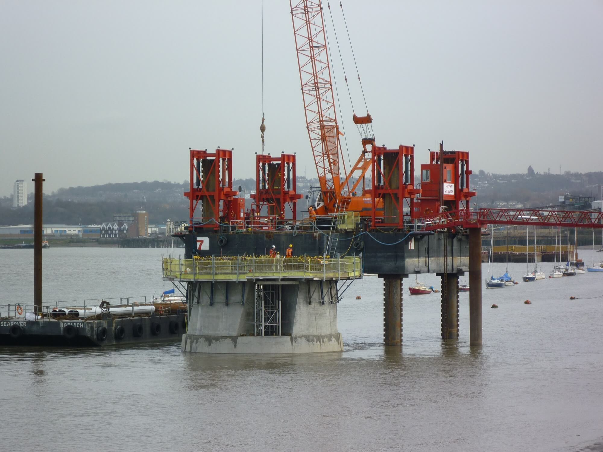 Foundations Solution - Emirates Air Cable Car - Marine LDA Piling (9)
