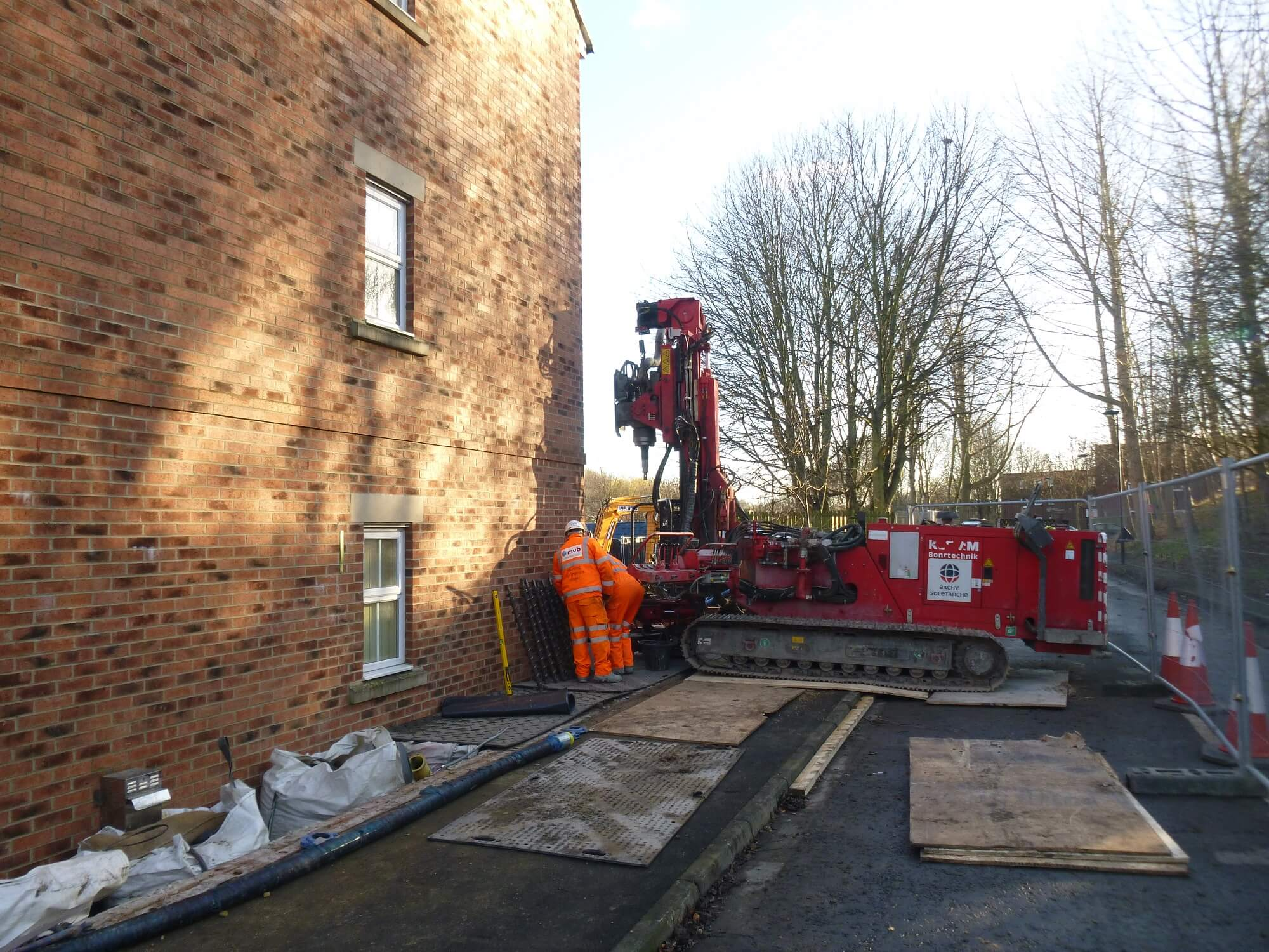 Compaction Grouting in confined space on residential development