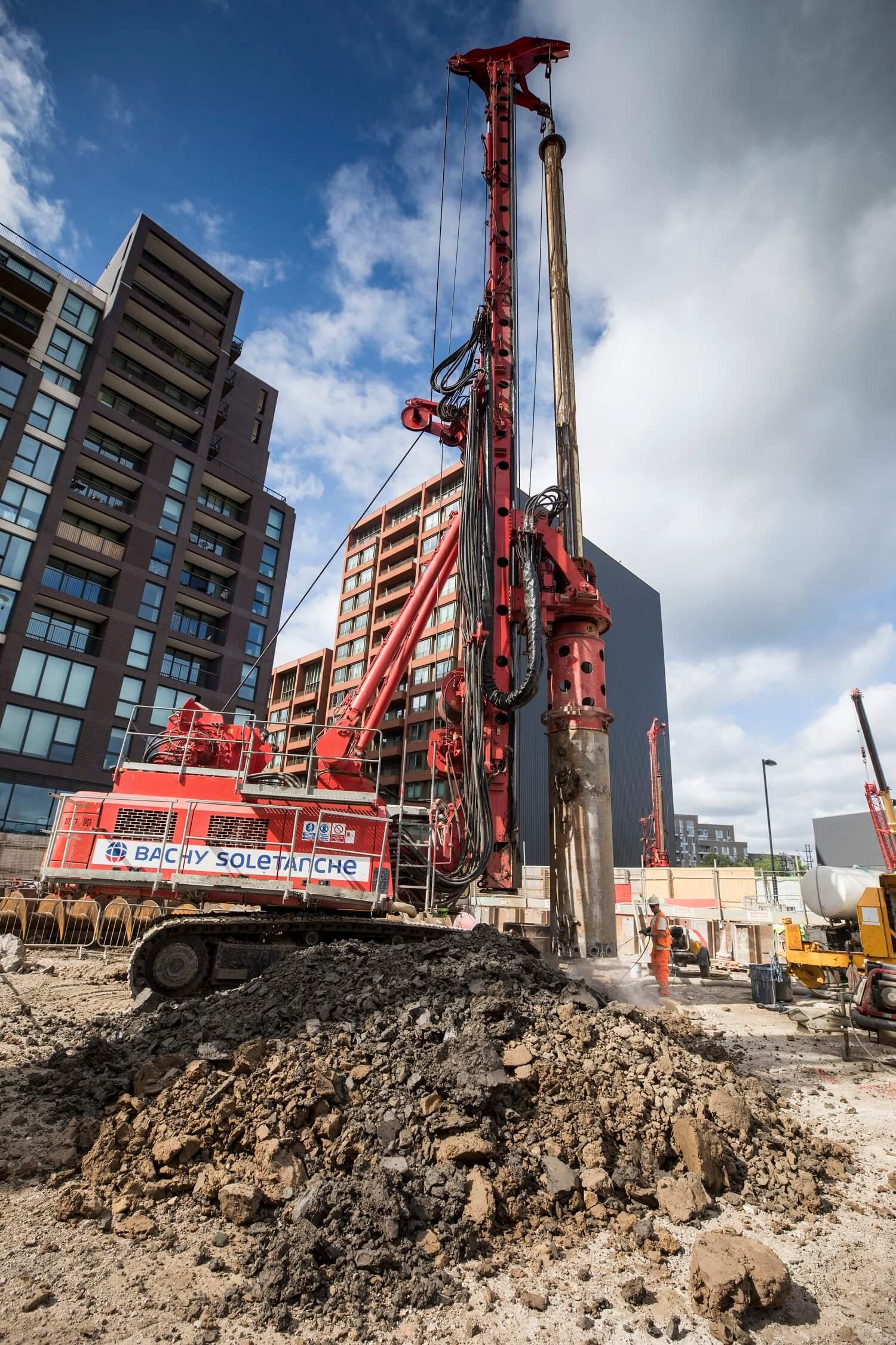 Retaining Wall Solution - Kings Cross S1 Development - Contiguous Pile Wall CFA LDA Piling (2)