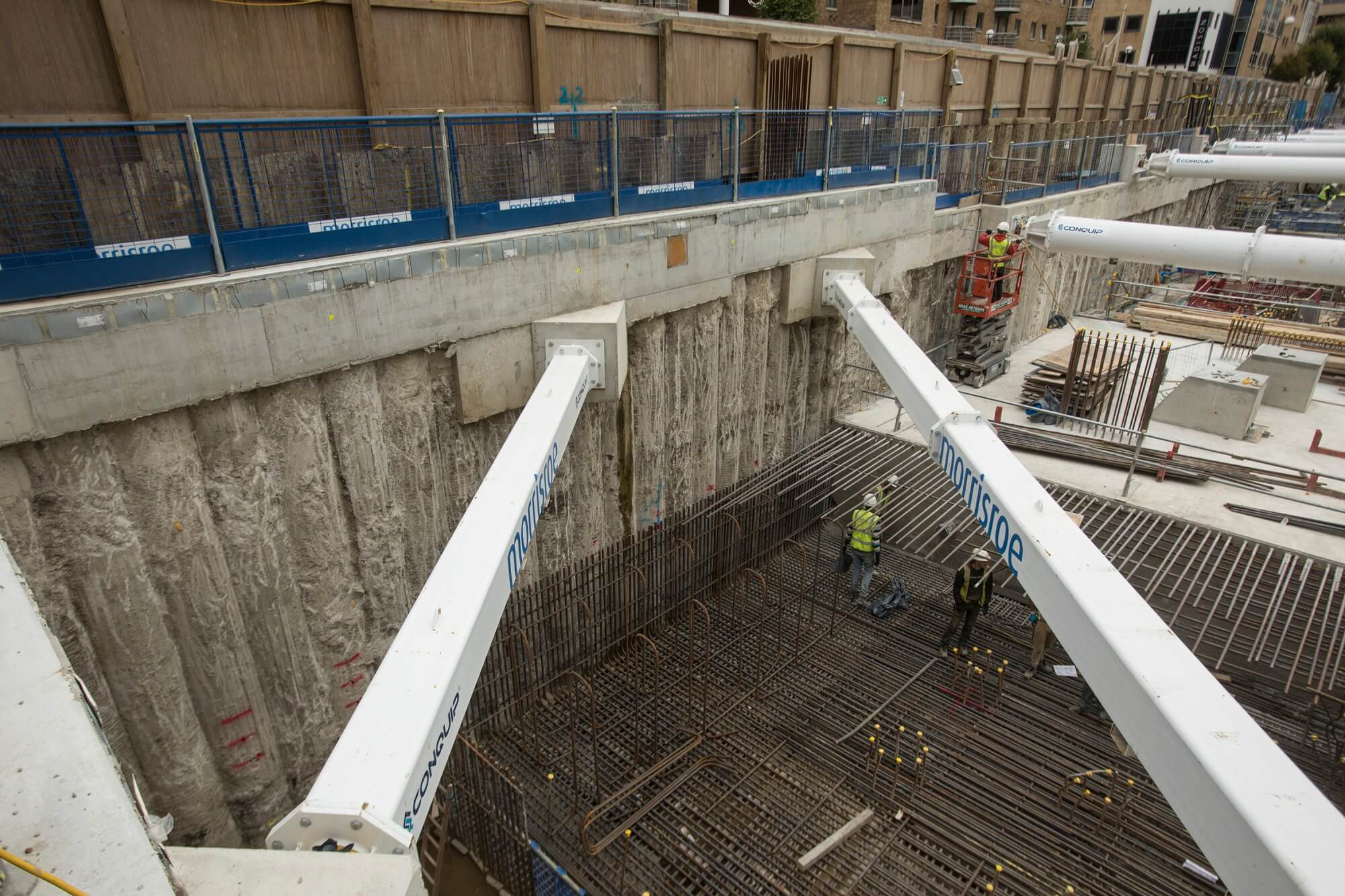 Retaining Wall Solution - The Madison Canary Wharf Project - Secant Pile Wall Contiguous Pile Wall CFA Piles (3)