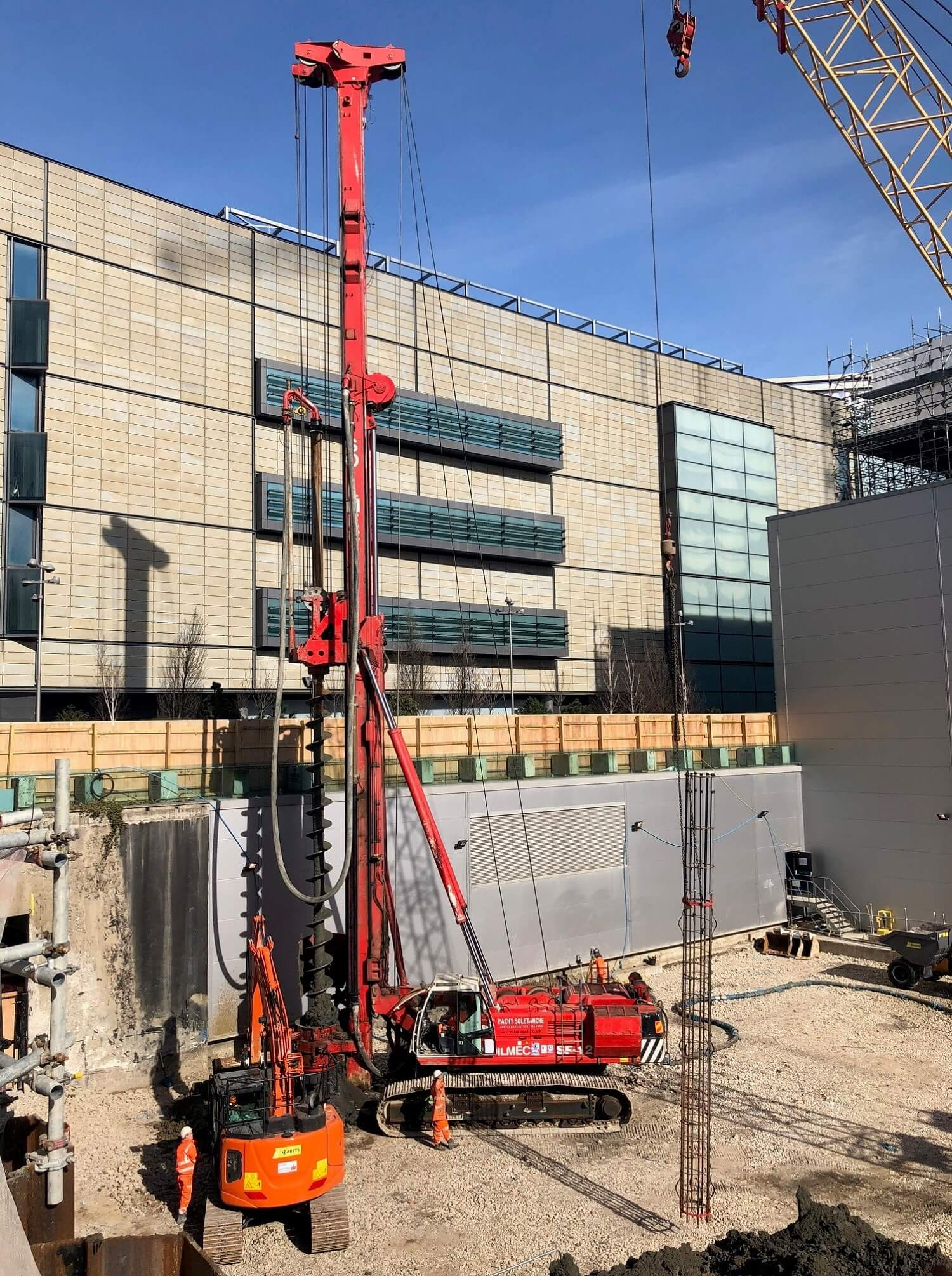 Foundations Solution - M7 Offices Stratford - CFA Piling (2)