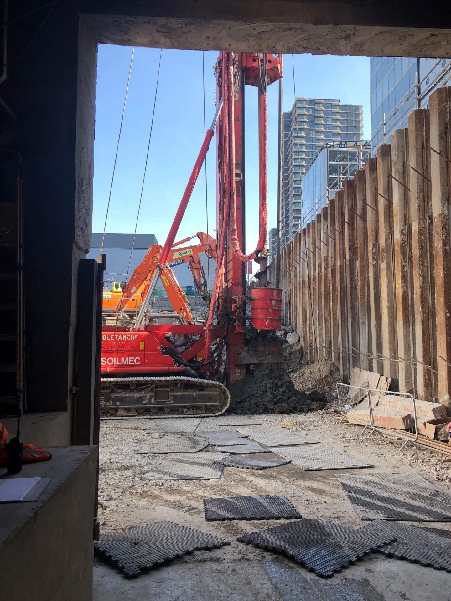 Foundations Solution - M7 Offices Stratford - CFA Piling (3)