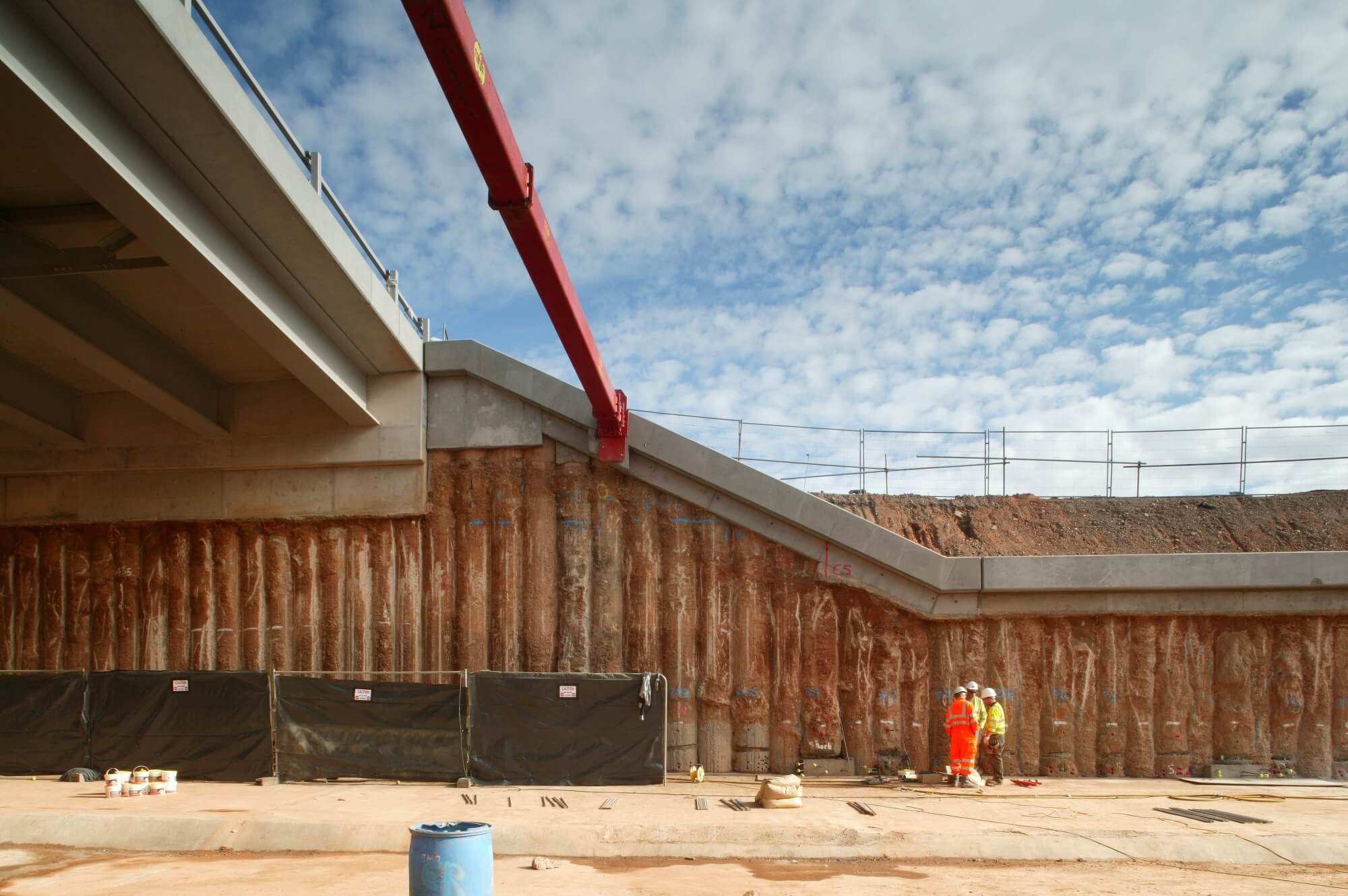 Retaining Wall Solution - A41 West Bromwich Underpass- Secant Wall (3)