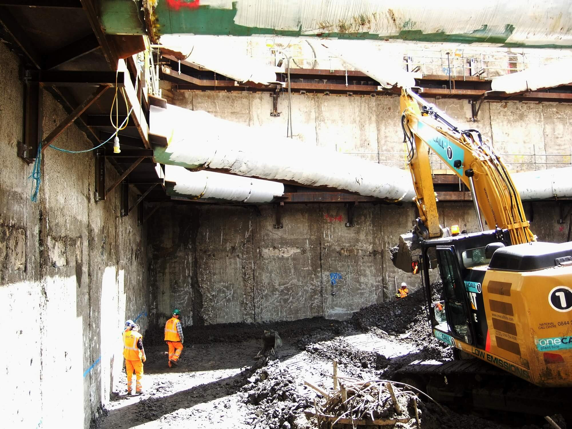 Retaining Wall Solution - Tottenham Court Road Station Project - Diaphragm Wall (3)